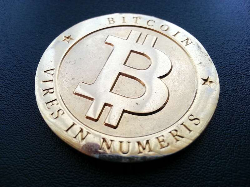 Bitcoin: tridente a vigilar